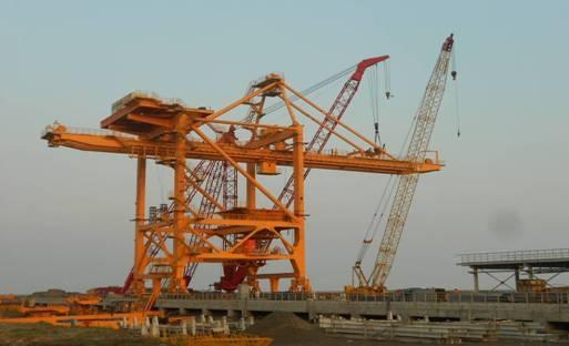 卸船机主体结构